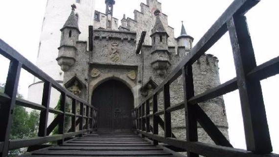 Lichtenstein Castle -The Only True Fairytale Castle-Germany (14)