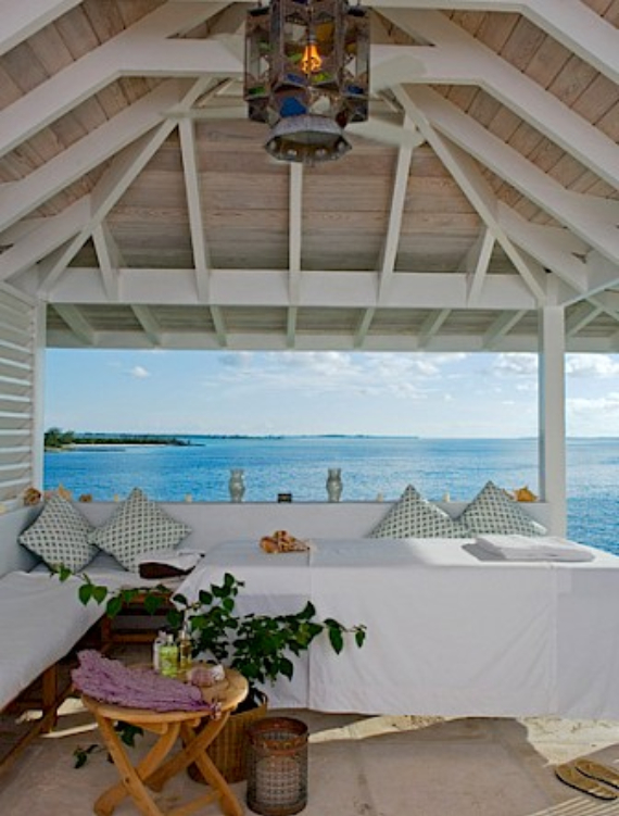 Living Large Within a Natural Paradise The Little Whale Cay in Bahamas (10)