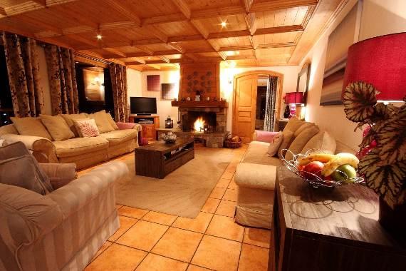 luxurious-ski-retreat-offering-mesmerizing-views-chalet-iamato-meribel-france-6