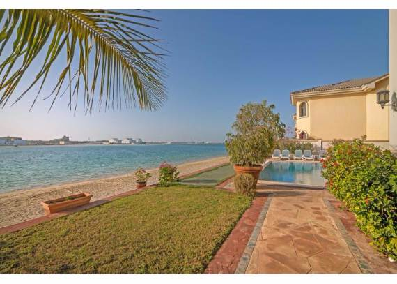 luxury-villa-that-offer-the-sweetest-escape-in-dubai-palm-island-mansion-28
