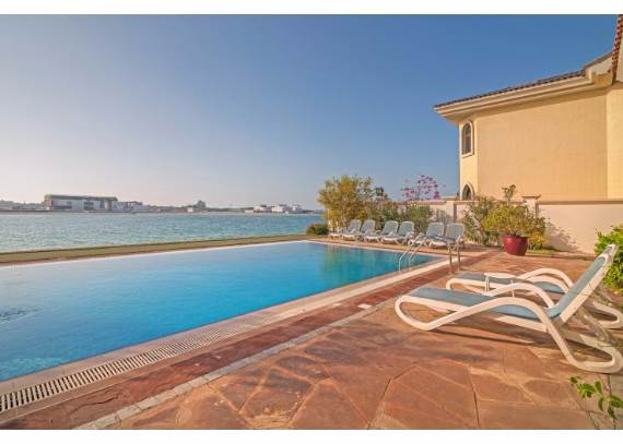 luxury-villa-that-offer-the-sweetest-escape-in-dubai-palm-island-mansion-9
