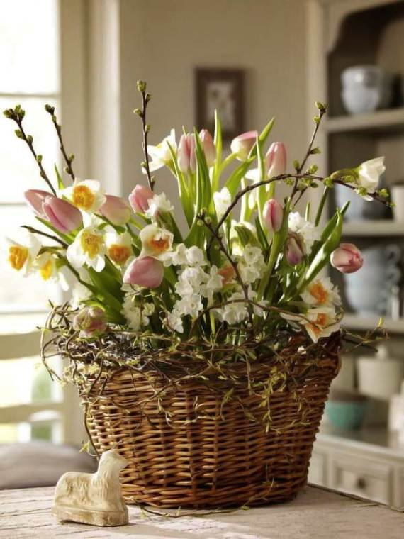 Spring-Flower-Arrangements-Table-Centerpieces-And-Mothers-Day-Gift-13