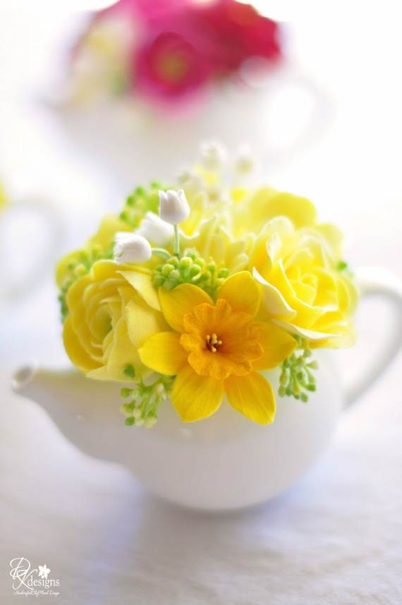 Spring-Flower-Arrangements-Table-Centerpieces-And-Mothers-Day-Gift-17