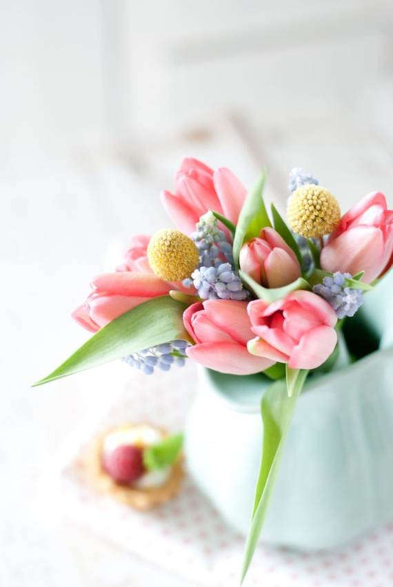 Spring-Flower-Arrangements-Table-Centerpieces-And-Mothers-Day-Gift-3