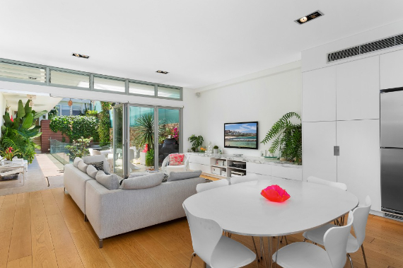 The Designer A Contemporary Home In Sydney, All Bright And Welcoming   (2)