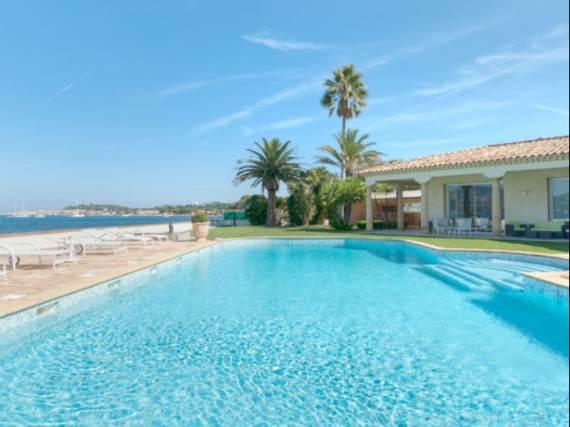 the-exclusive-cozy-breezy-villa-victoria-in-saint-tropez-5