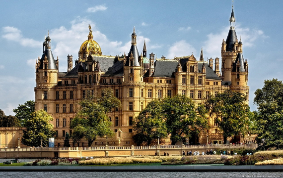 The Jewel Of Lake Schwerin- Schwerin Castle And Park (4)
