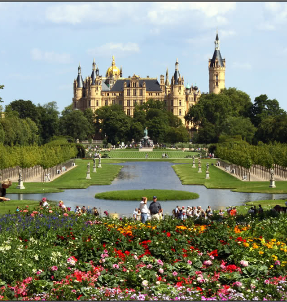 The Jewel Of Lake Schwerin- Schwerin Castle And Park (5)