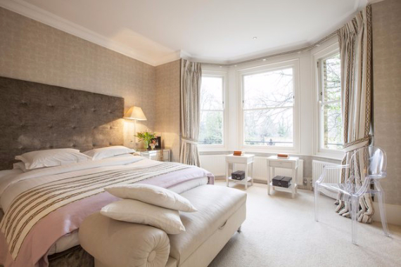 An Elegant and Spacious Apartment  in Chiswick London (12)