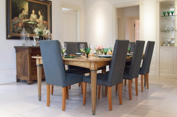An Elegant and Spacious Apartment  in Chiswick London (28)