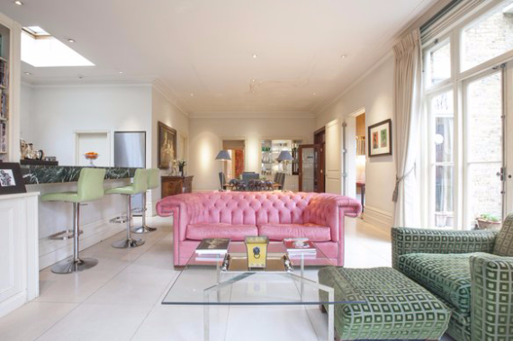 An Elegant and Spacious Apartment  in Chiswick London (29)