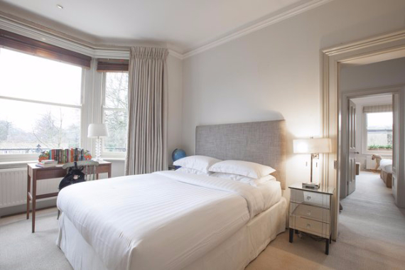 An Elegant and Spacious Apartment  in Chiswick London (9)
