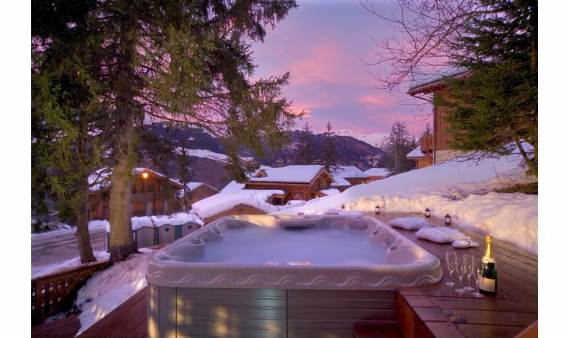chalet-le-torrent-luxury-family-holiday-ski-chalet-located-in-la-tania-france-5