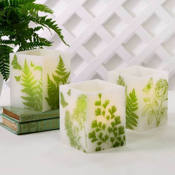 Decorative-Candles-and-Flowers-Cute-Mothers-Day-Gift-Ideas-15