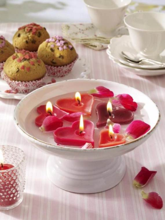 Decorative-Candles-and-Flowers-Cute-Mothers-Day-Gift-Ideas-35