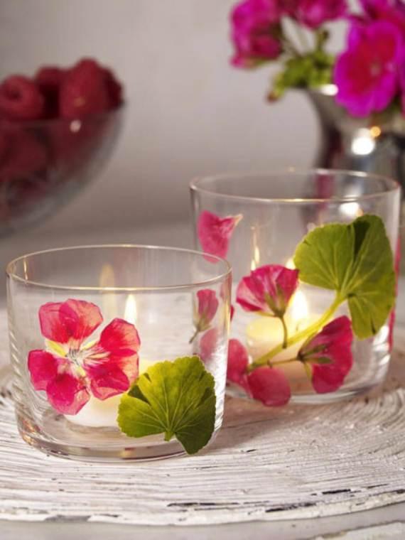 Decorative-Candles-and-Flowers-Cute-Mothers-Day-Gift-Ideas-36