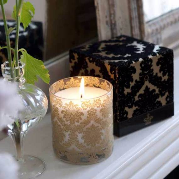 Decorative-Candles-and-Flowers-Cute-Mothers-Day-Gift-Ideas-9