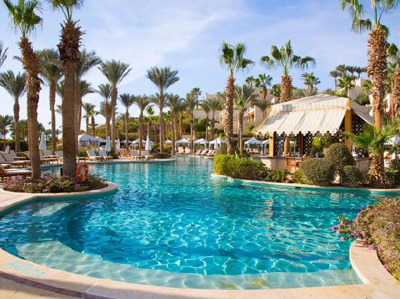 Deluxe Family Suite, Four Seasons Resort Sharm El Sheikh (9)