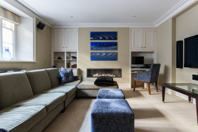 English Elegance Hand-Picked Sydney Place South Kensington (7)