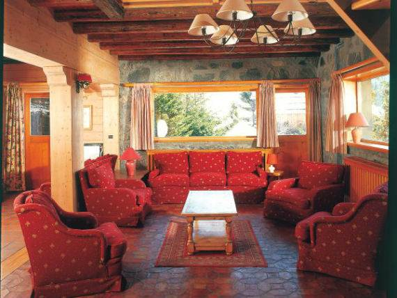 luxury-chalet-l%e2%80%b2ardour-family-holiday-skiing-meribel-france-11