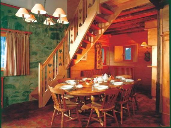 luxury-chalet-l%e2%80%b2ardour-family-holiday-skiing-meribel-france-121