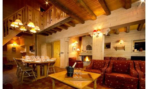 luxury-chalet-l%e2%80%b2ardour-family-holiday-skiing-meribel-france-5