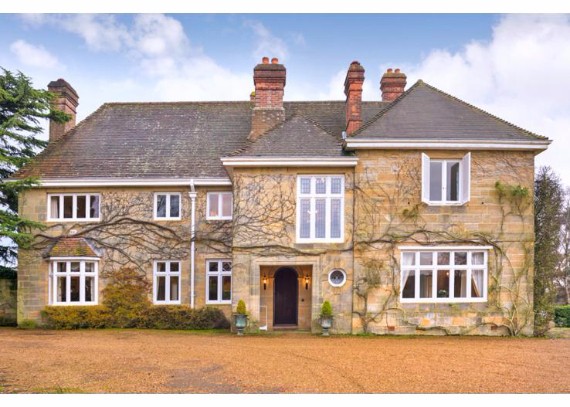 Luxury West Ivy Mansion Offering Striking Panoramic Views in Sussex-England  (28)