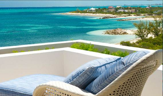 mothers-house-modern-holiday-ocean-villa-in-grand-turk-island-overlooking-the-caribbean-12