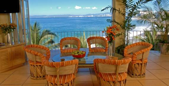 beach-club-villa-a-tropical-paradise-vacation-in-mexico-7