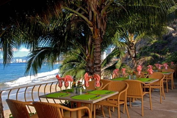 beach-club-villa-a-tropical-paradise-vacation-in-mexico-9
