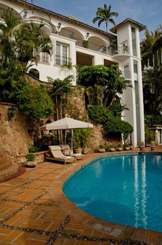 casa-serena-stunning-beachfront-villa-near-four-seasons-22