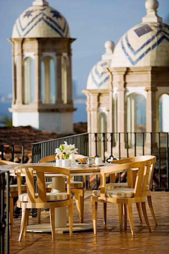 casa-serena-stunning-beachfront-villa-near-four-seasons-6