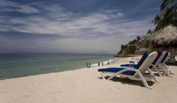 casual-luxury-exuded-by-spacious-villa-in-puerto-vallarta-casa-salinas-i-41
