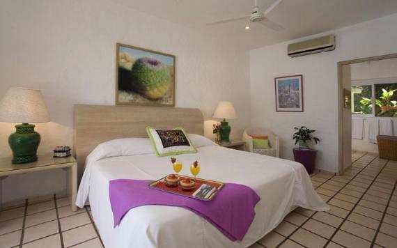 casual-luxury-exuded-by-spacious-villa-in-puerto-vallarta-casa-salinas-i-6