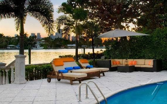 classy-and-elegant-miami-beach-villa-san-michele