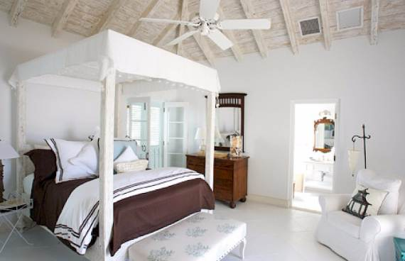 coral-house-modern-holiday-ocean-villa-in-turks-and-caicos-islands-15