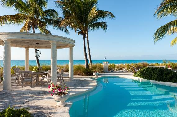 coral-house-modern-holiday-ocean-villa-in-turks-and-caicos-islands-19