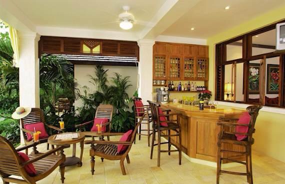 delightful-malatai-villa-displaying-an-elegant-caribbean-sea-view-4