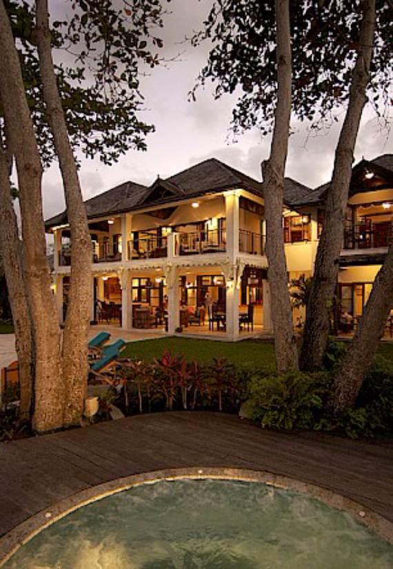 delightful-malatai-villa-displaying-an-elegant-caribbean-sea-view-5