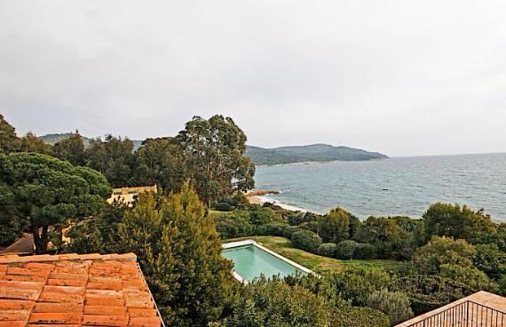 holiday-teasing-impressive-villa-valmer-on-the-french-riviera-15