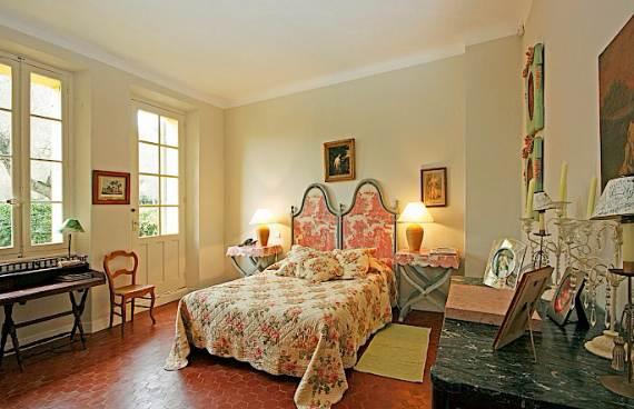 holiday-teasing-impressive-villa-valmer-on-the-french-riviera-5