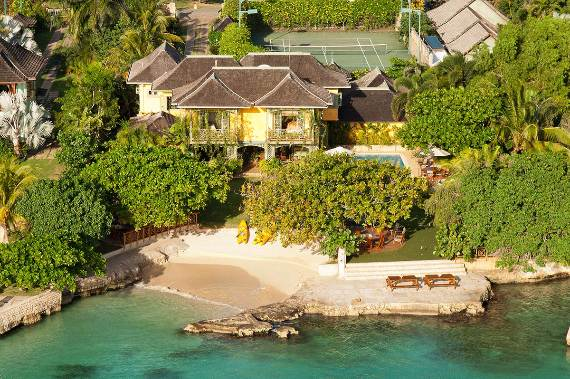 keela-wee-villa-a-magnificent-home-away-from-home-12