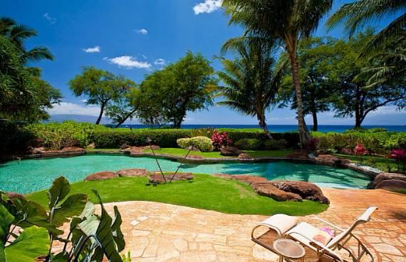 magnificent-beach-home-in-maui-sea-shells-house-19