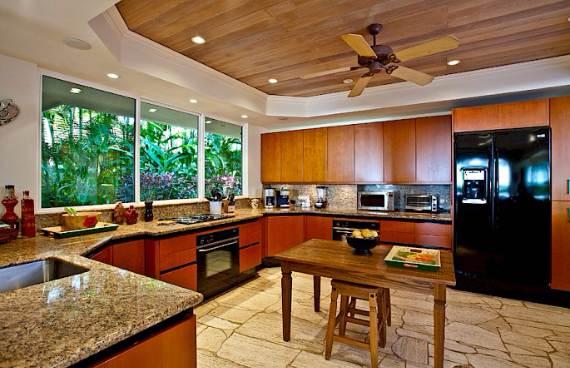 magnificent-beach-home-in-maui-sea-shells-house-24