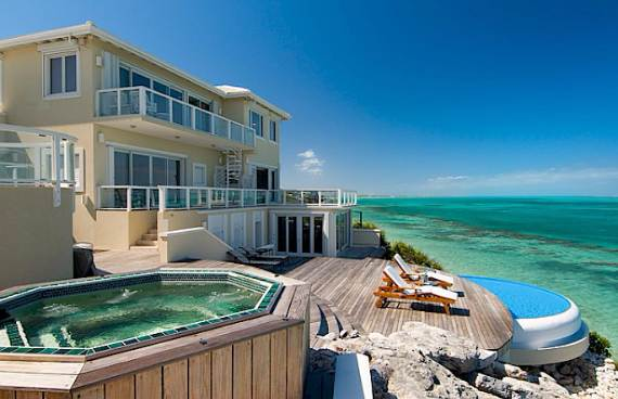 opulent-holiday-retreat-overlooking-the-caribbean-stargazer-villa-turks-and-caicos-islands-13