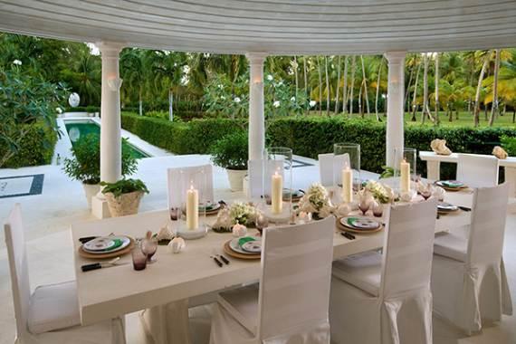 pink-cottage-exclusive-beachfront-garden-villa-rental-in-barbados-4