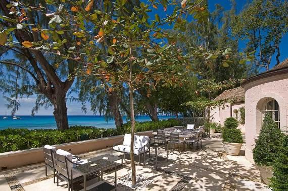 pink-cottage-exclusive-beachfront-garden-villa-rental-in-barbados-7