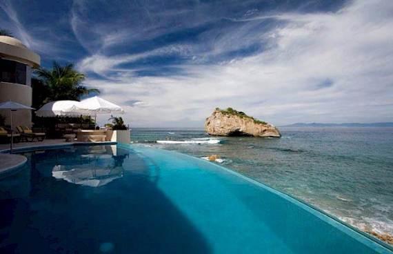 quiet-retreat-with-an-impressive-design-in-mexico-villa-paraiso-19