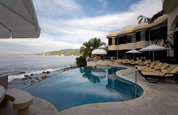 quiet-retreat-with-an-impressive-design-in-mexico-villa-paraiso-22