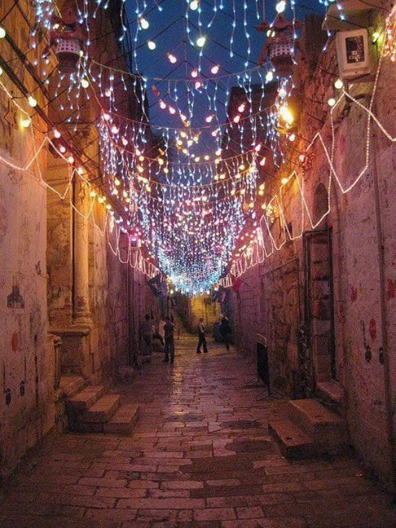 Sparkle-Decoration-Ideas-For-Ramadan-Traditions-15